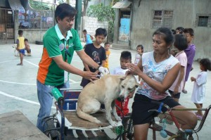 Anti Rabies Vaccination for Dogs and Cats with Municipal Agriculture and Provincial Veterinarians in Barangay Baraca Camachile Subic,Mayor Jay Khonghun (7)