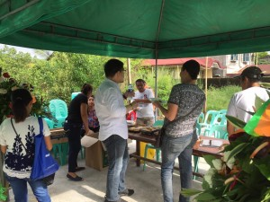 Blessing and ribbon Cutting Macedo Bridge in Brgy Wawandue Subic (9)