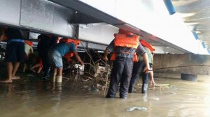 Clearing of debris along Sto Thomas,Subic and Baretto,Olongapo Bridge Boundary (8)