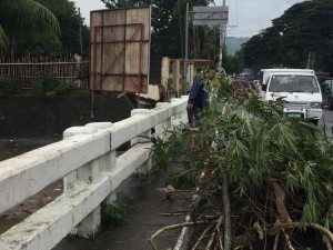 Clearing of debris along Sto Thomas,Subic and Baretto,Olongapo Bridge Boundary (9)