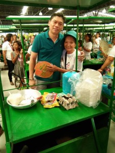 Distribution of 110 Nego Carts Pangkabuhayan Showcase  (11)
