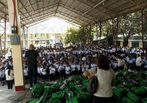 Distribution of Bags and School Kits Calapandayan Elementary School