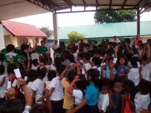 Distribution of Bags and School Kits in Batiawan Elementary School (1)