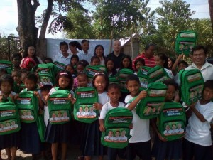 Distribution of Bags and School Kits in Batiawan Elementary School (6)