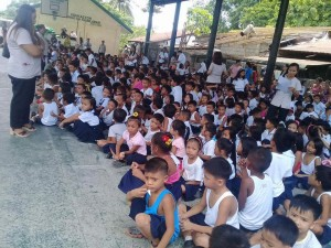 Distribution of Bags and School Kits in Ilwas and Aningway Elementary  (4)