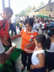 Distribution of Bags and School Kits in Ilwas and Aningway Elementary  (5)