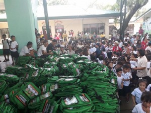Distribution of Bags and School Kits in Matain Elementary School  (1)