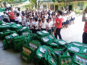 Distribution of Bags and School Kits in Naugsol and San Isidro Elementary  (1)