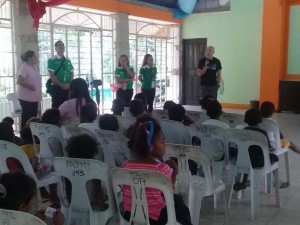 Distribution of Bags and School Kits in Sitio Gala Aningway Elementary School  (4)