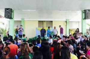 Distribution of Bags and School kits to 2 thousand plus students of Subic Central School (1)