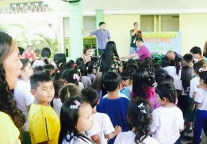 Distribution of Bags and School kits to 2 thousand plus students of Subic Central School (10)