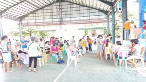 Distribution of Philhealth Cards to Different Barangays in Subic,Starting in Brgy Calapandayan (12)