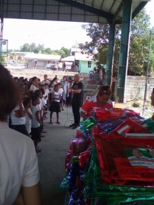 Distribution of School Kits in Nagyantok and Agusuhin Elementary School  (2)