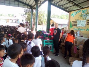 Distribution of School Kits in Nagyantok and Agusuhin Elementary School  (6)