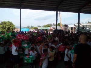 Distribution of School Kits in Nagyantok and Agusuhin Elementary School  (7)