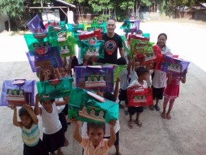 Distribution of School Kits in Nagyantok and Agusuhin Elementary School  (8)