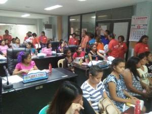 Kinausap ni Mayor Jay Khonghun Ang mga Kabataan na Nabuntis Sa Bawat Barangay ( kinse anyos pinaka batang edad ) (6)