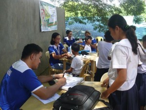School Based Immunization for Dengue in Cabitaugan,Cawag resettlement and Cawag proper Subic (4)
